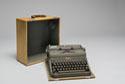 Image - machine à écrireManual typewriter